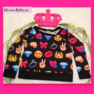 Emoji Sweater Medium Juniors NWT
